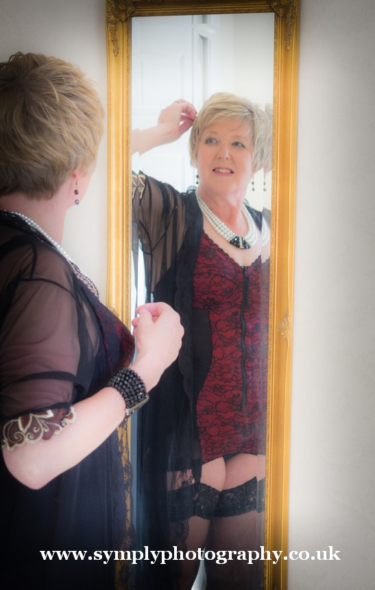 boudoir photography for the mature lady39